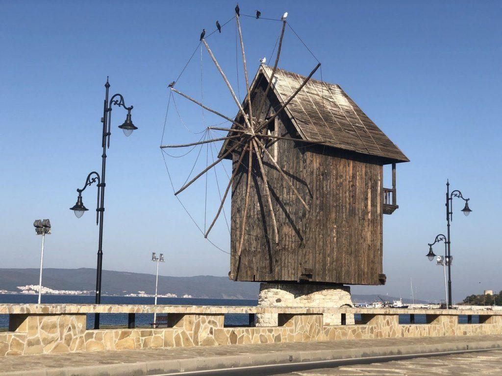Несебър, вятърната мелница