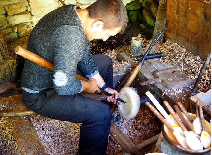 Дървообработващ струг
