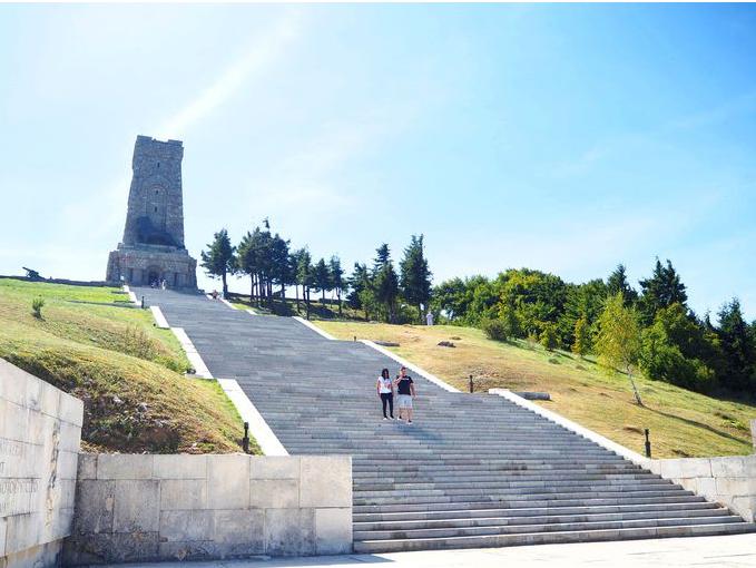 Паметникът на Свободата, връх Шипка