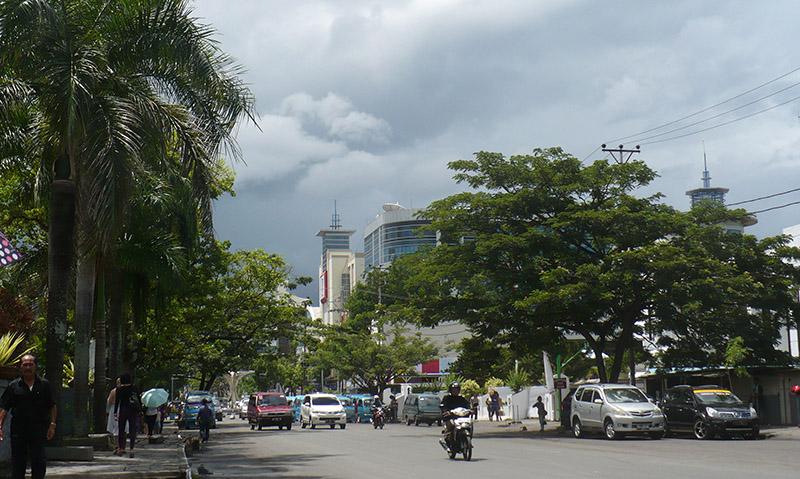 Гъсти облаци по време на дъждовния сезон